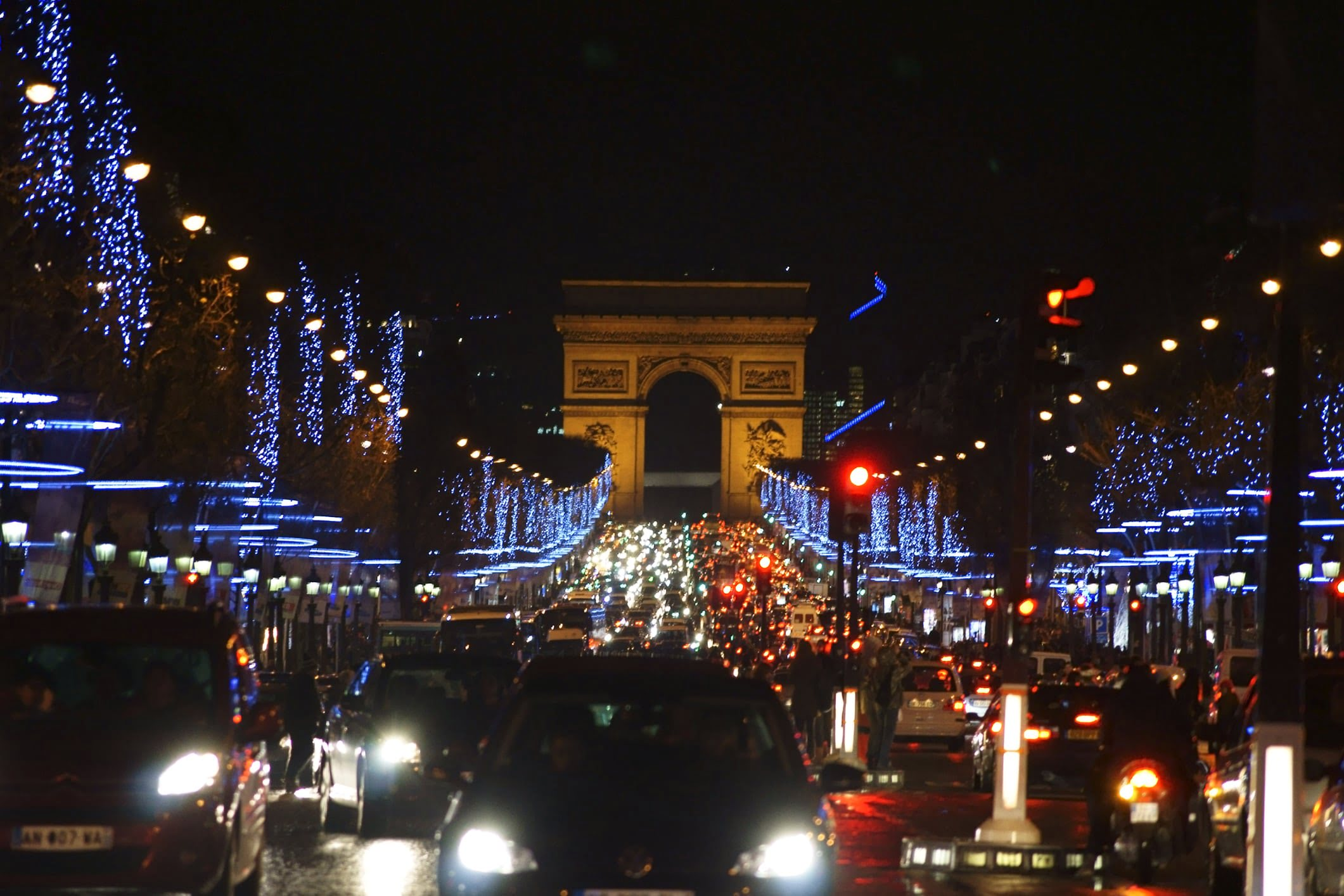 Crowds in the Champs Elyseés for New Year's Eve