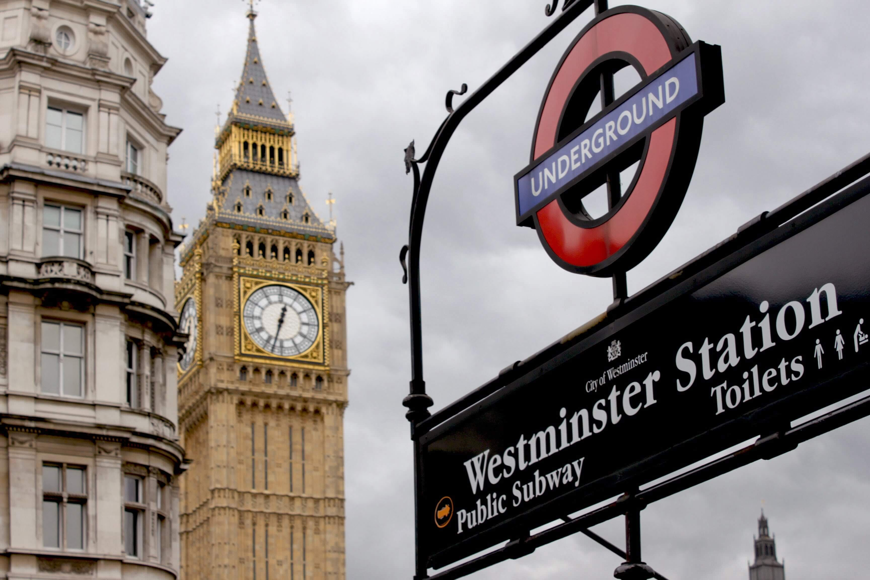 London Tube sign with Big Ben in the background