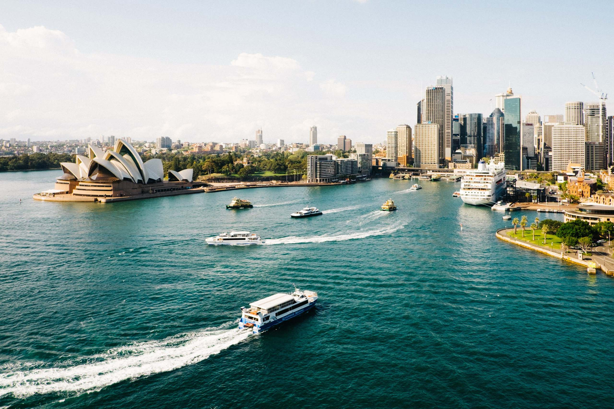 Sydney Harbour, where the race will begin. Photo by an Freeman on Unsplash