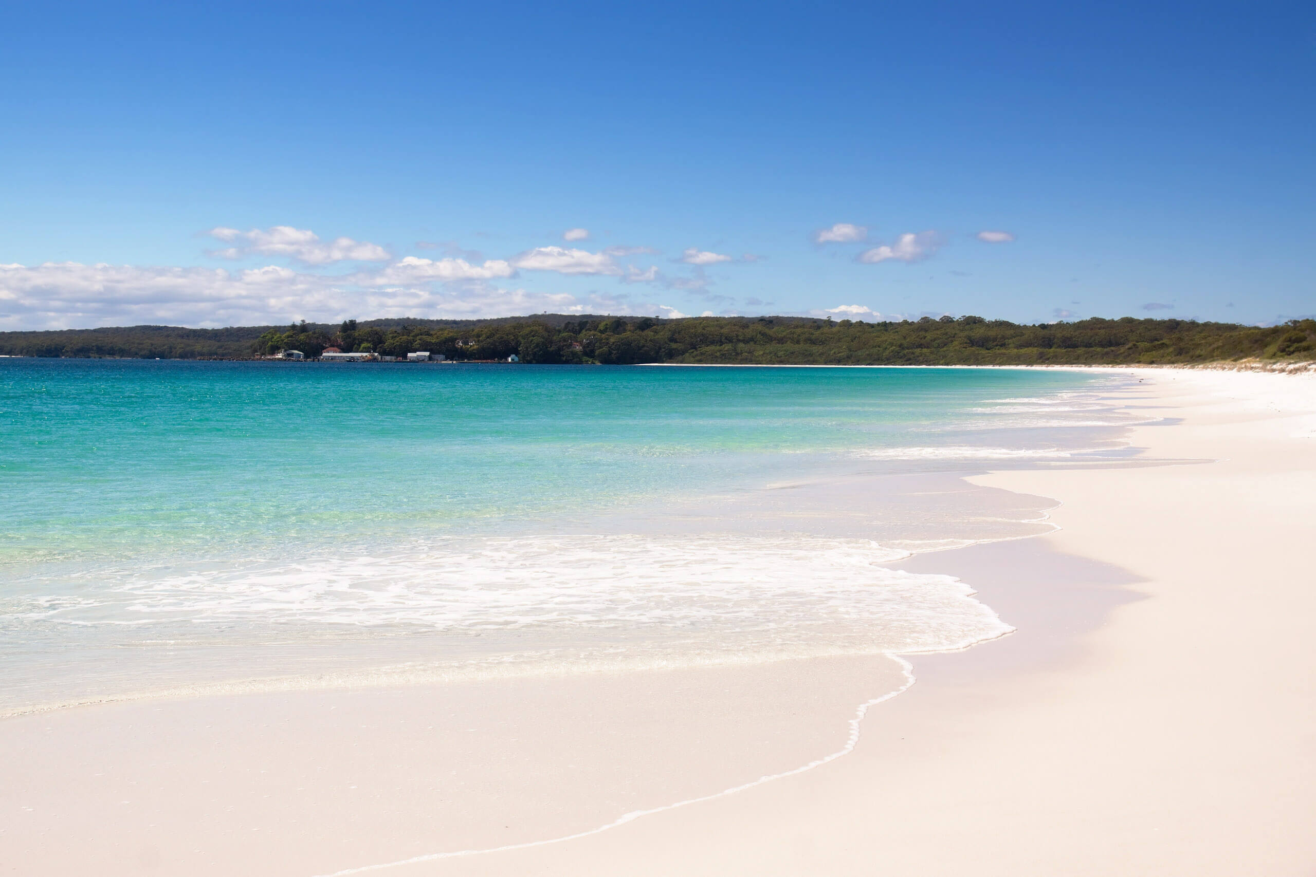 View of the white sand at Hyams Beach in Jervis Bay