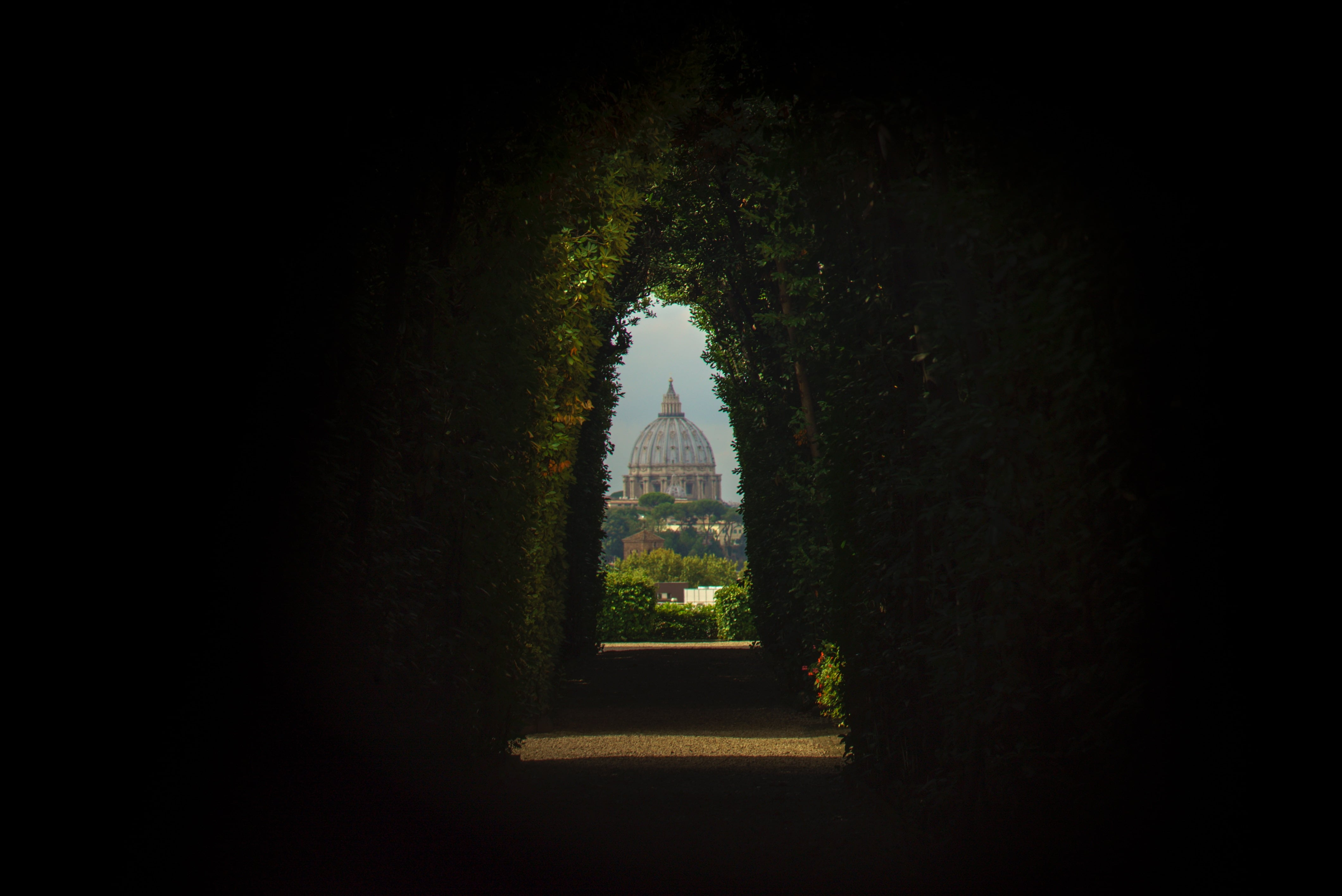 View of St Peter's Basilica through the Aventine Keyhole. Photo by Galen Crout on Unsplash