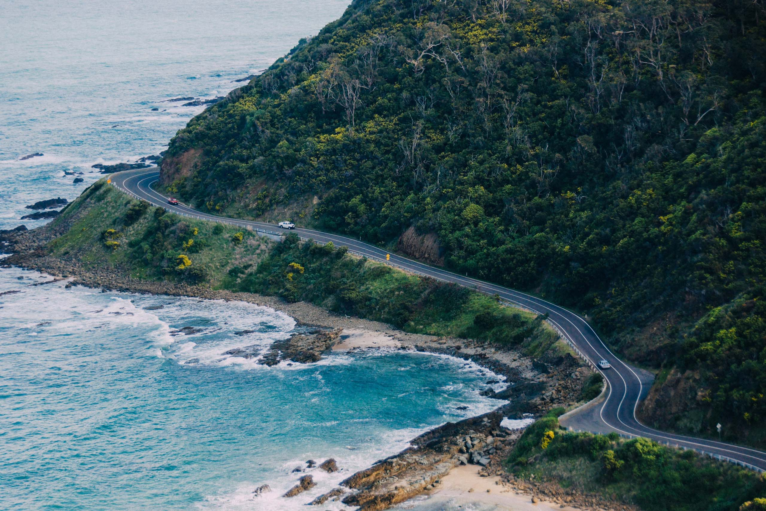 Great Ocean Road, Victoria. Photo by Weyne Yew on Unsplash