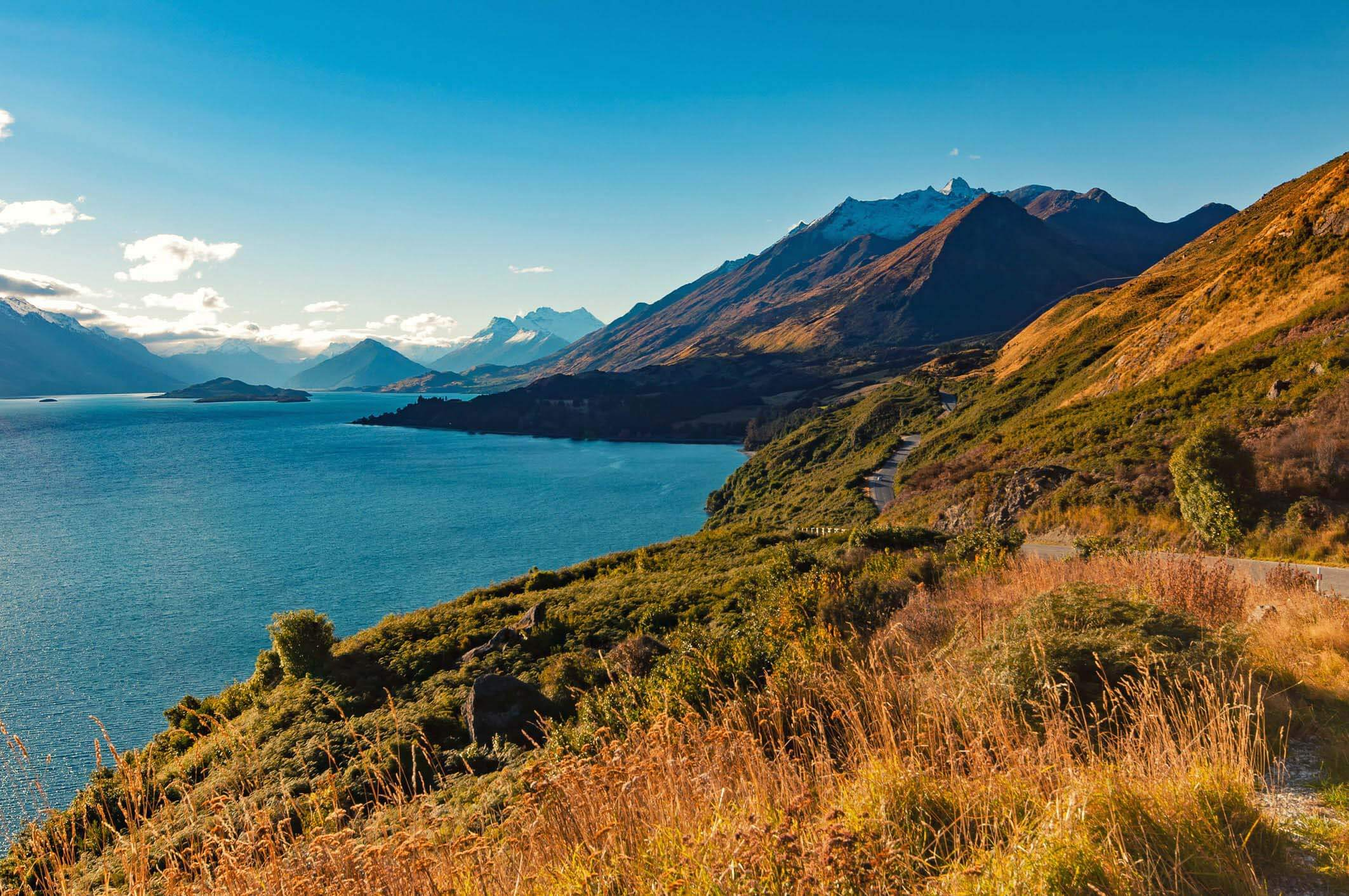 Views of mountains and a lake from Bennetts Bluff Lookout at the Glenorchy to Queenstown Road